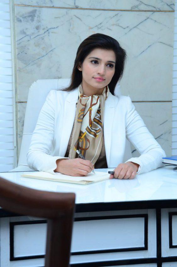 best cosmetic surgeon in Delhi